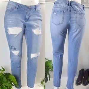 Distressed Jeans Size 13/14 Plus